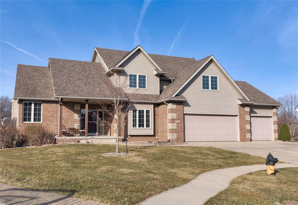 Photo of home for sale at 706 Rockcrest Circle NW, Ankeny IA