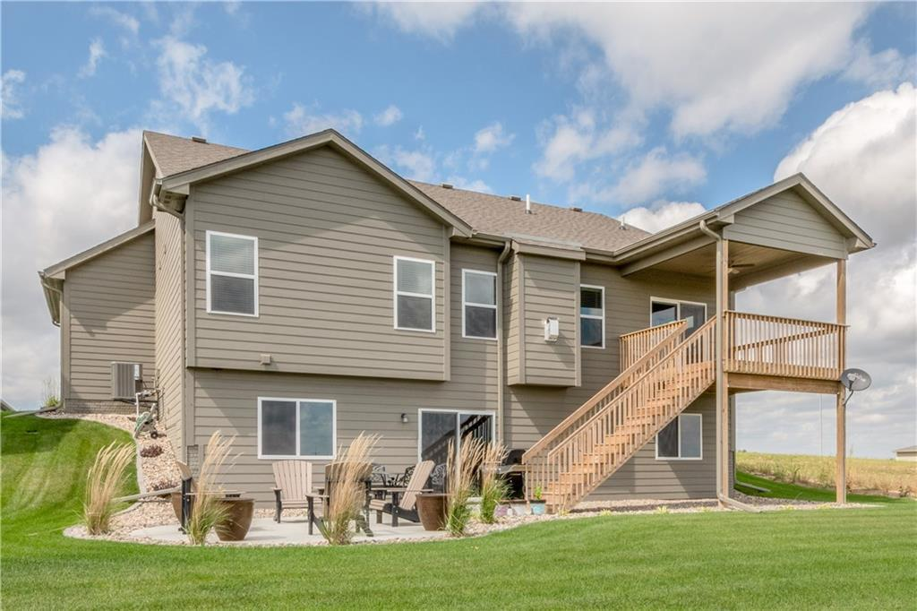 Photo of home for sale at 5415 165th Street, Urbandale IA