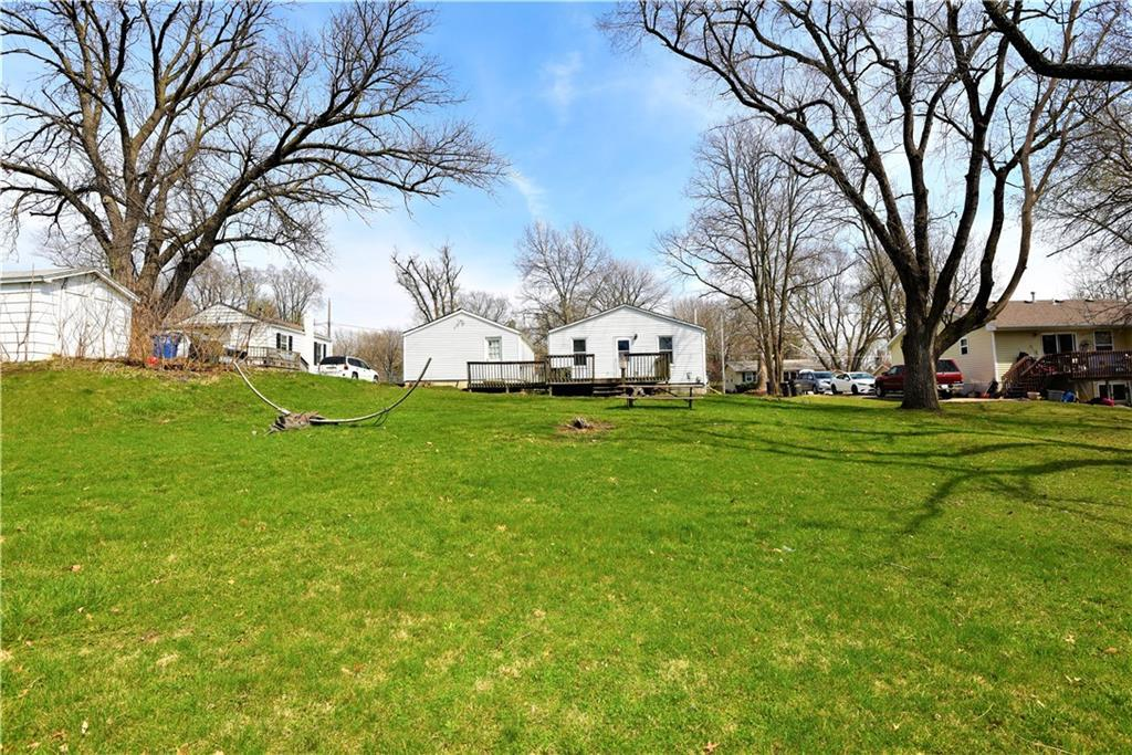Photo of home for sale at 4310 8th Street SE, Des Moines IA