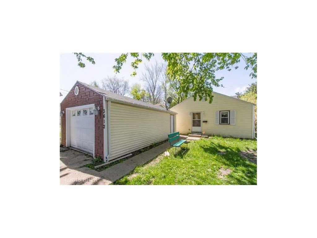 Photo of home for sale at 3612 Cornell Street, Des Moines IA