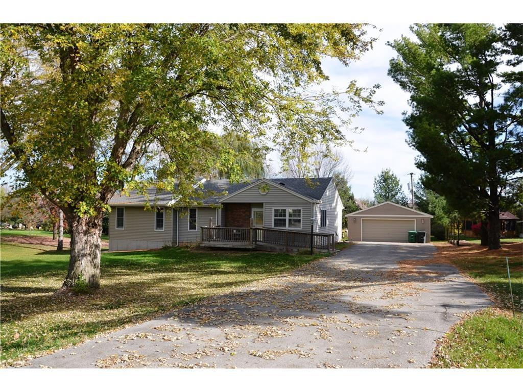 Photo of home for sale at 6895 93rd Court NW, Johnston IA