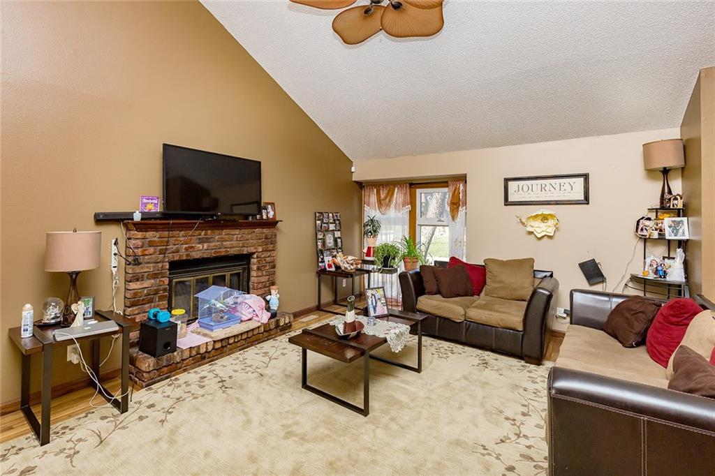 Photo of home for sale at 1435 20th Street, West Des Moines IA
