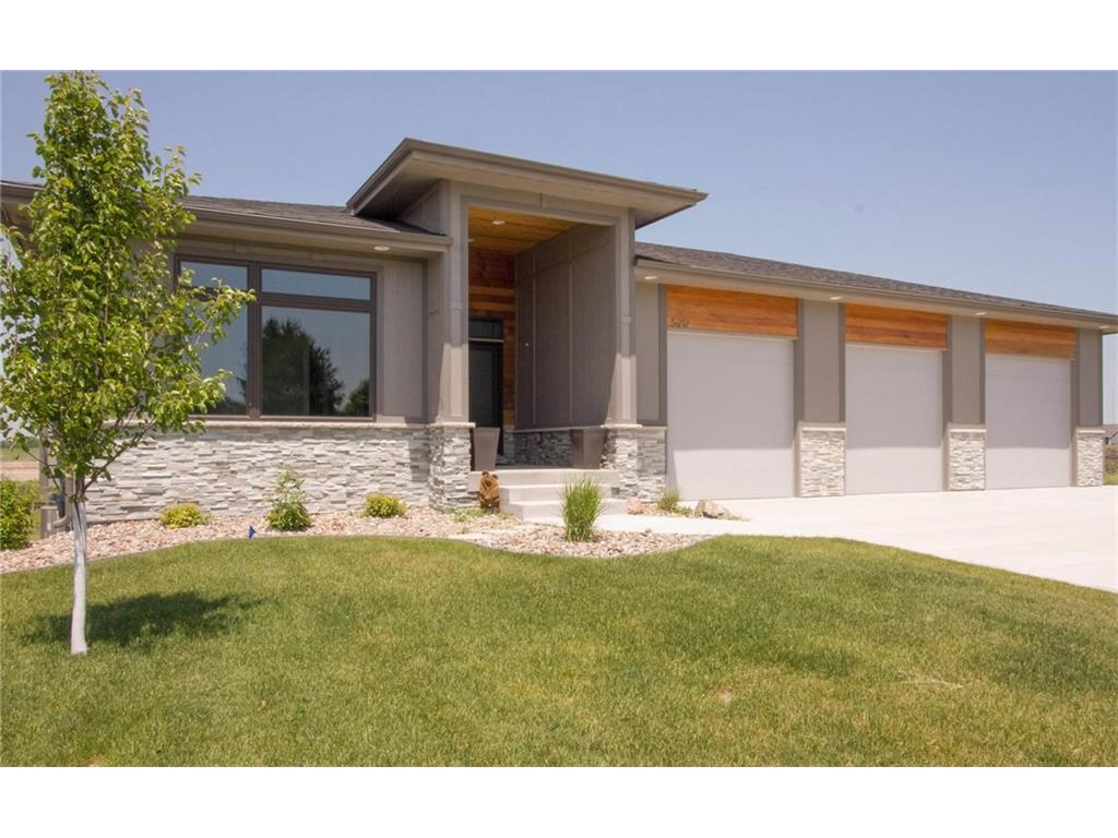 Photo of home for sale at 5212 10th Street NW, Ankeny IA