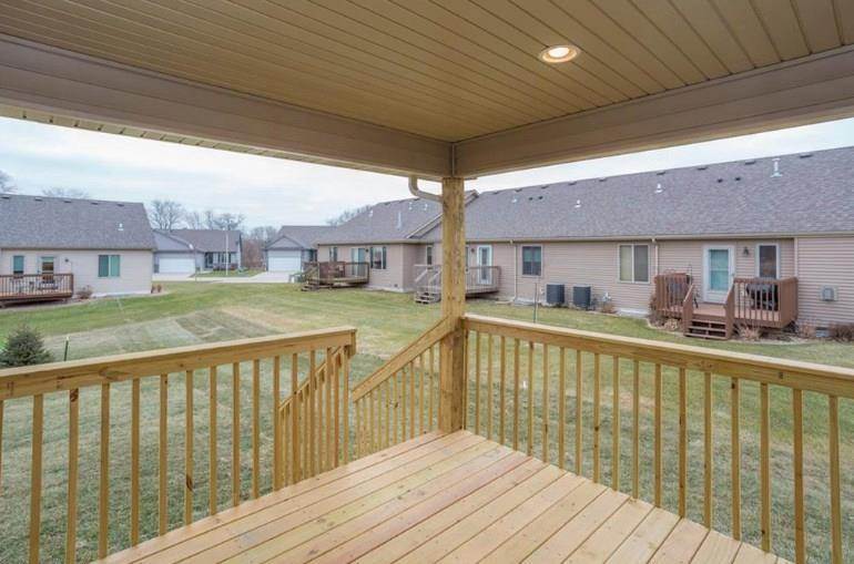 Photo of home for sale at 1131 15th Lane NE, Ankeny IA