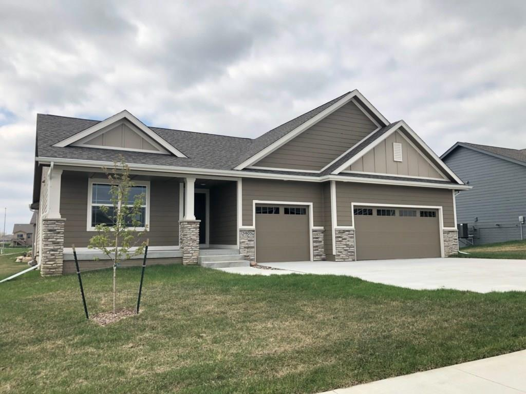 Photo of home for sale at 3905 13th Street NW, Ankeny IA