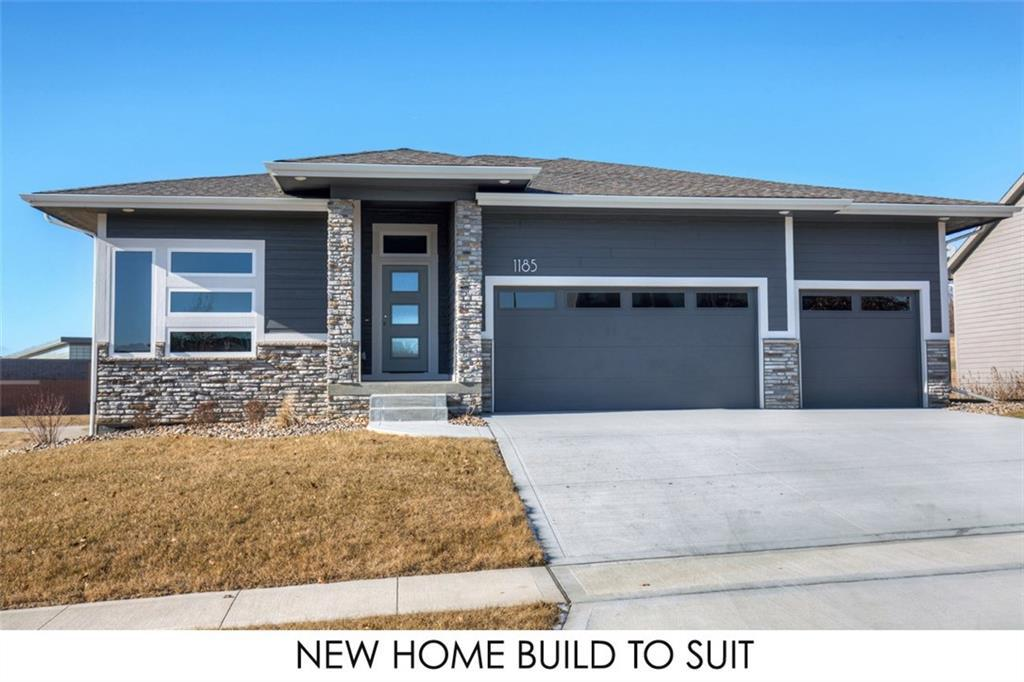 Photo of home for sale at 1921 31st Street NW, Ankeny IA