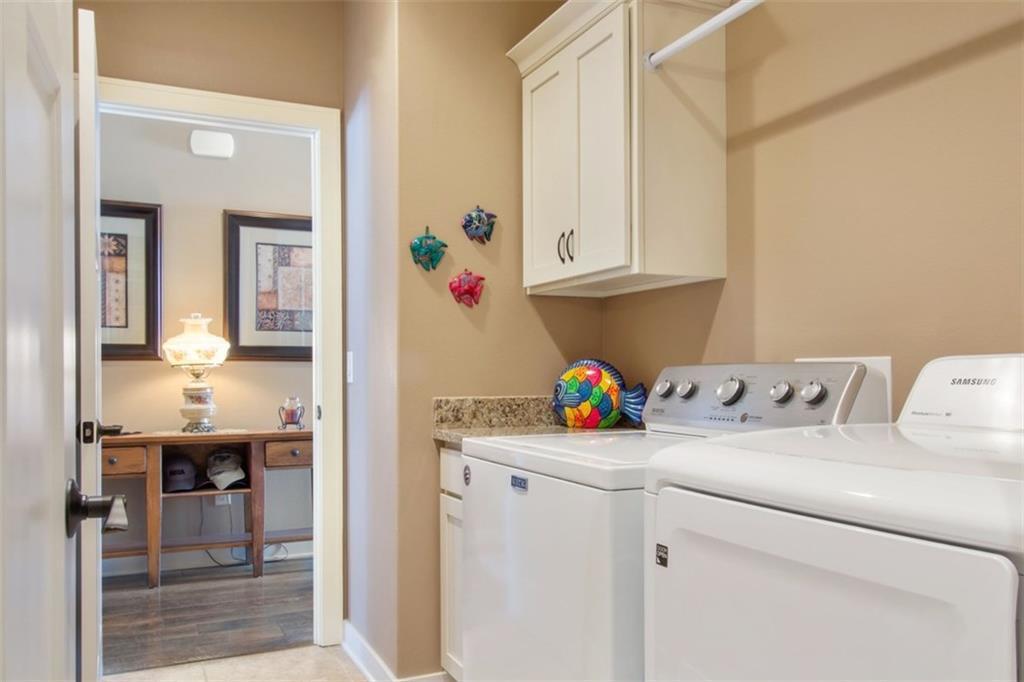 Photo of home for sale at 1218 25th Avenue SW, Altoona IA