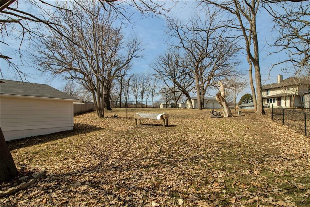 Photo of home for sale at 3724 22nd Street SE, Des Moines IA