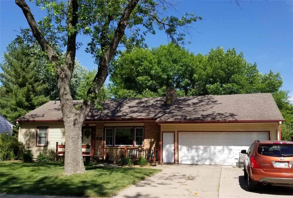 Photo of home for sale at 1406 Curtiss Avenue, Ames IA
