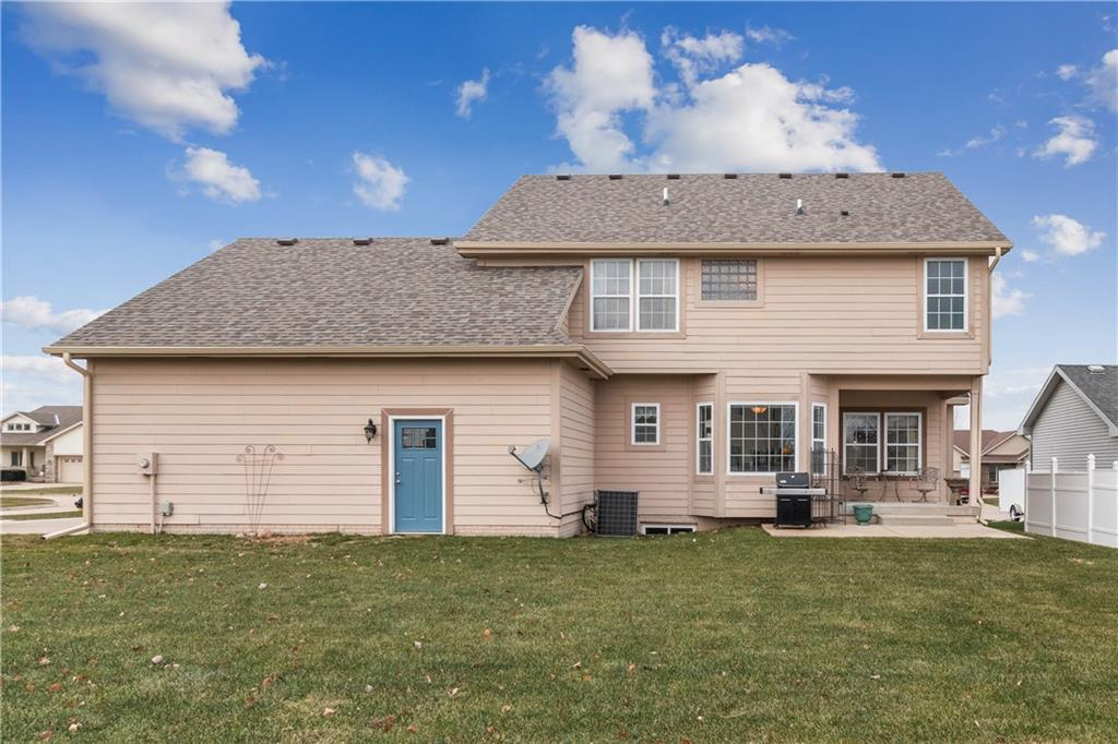 Photo of home for sale at 2401 Park Meadows Drive NW, Ankeny IA