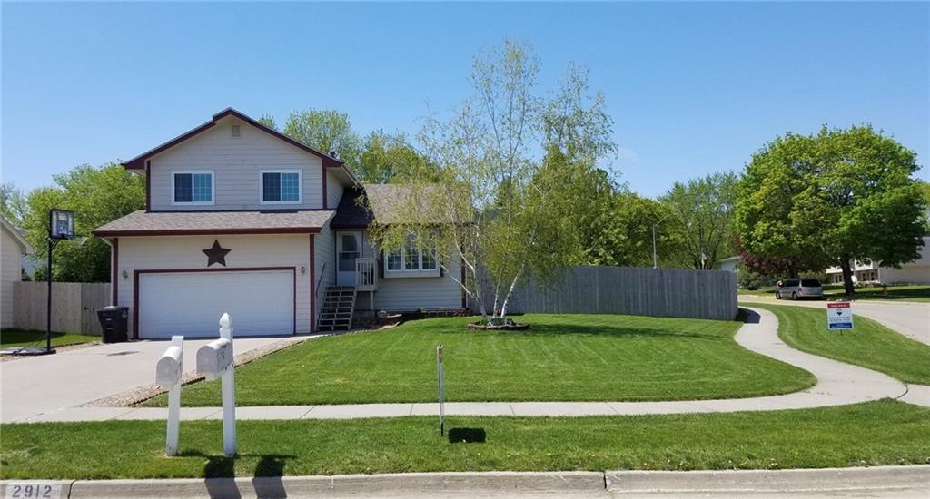Photo of home for sale at 2912 43rd Street E, Des Moines IA