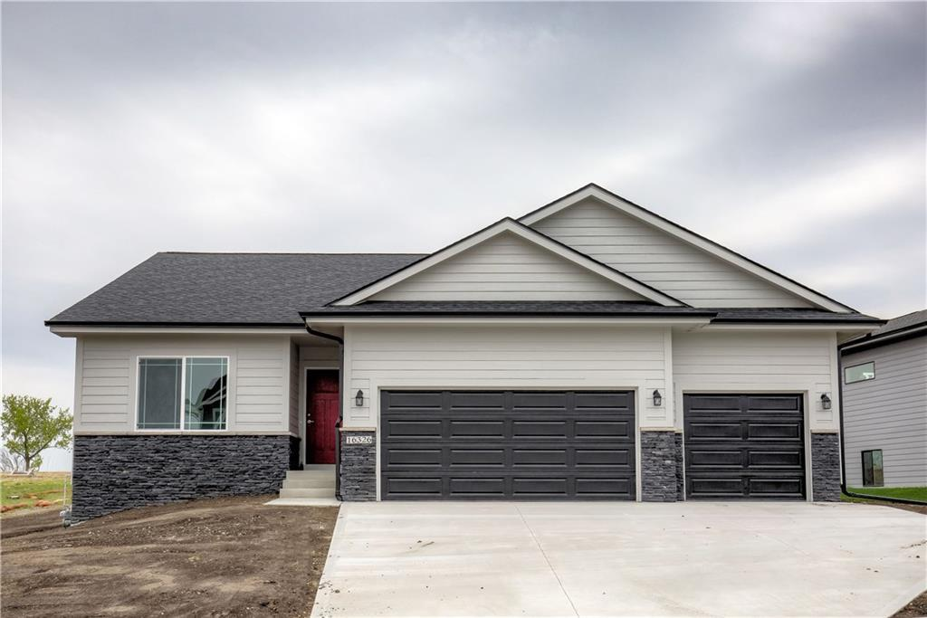 Photo of home for sale at 16326 Springbrook Trail, Urbandale IA