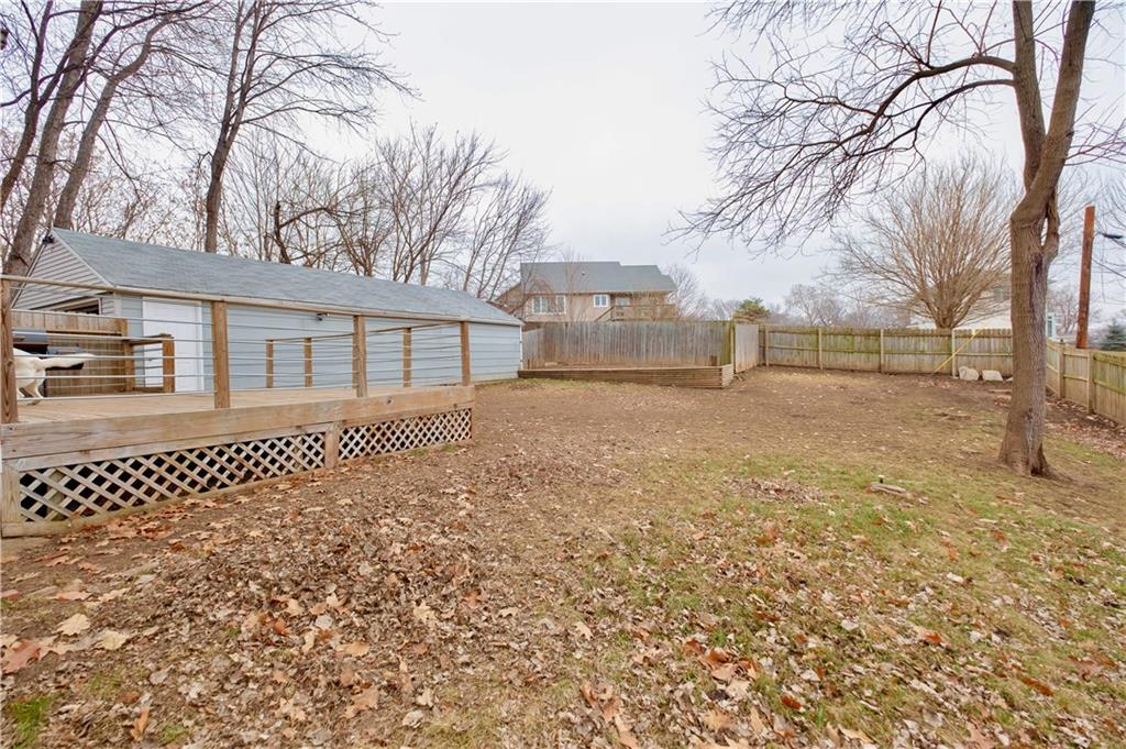 Photo of home for sale at 4095 15th Court SE, Des Moines IA