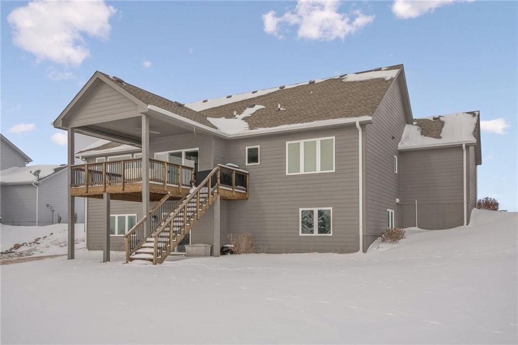 Photo of home for sale at 1205 45th Street NE, Ankeny IA