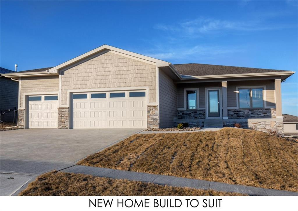 Photo of home for sale at 1709 31st Street NW, Ankeny IA