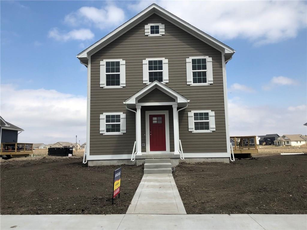 Photo of home for sale at 2616 Plaza Parkway SW, Ankeny IA