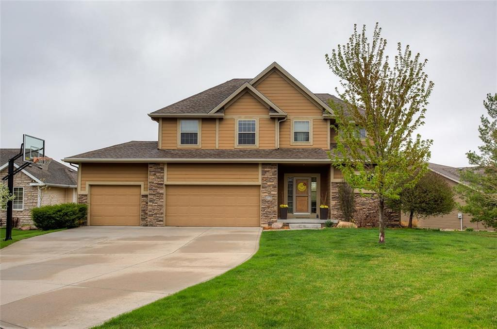 Photo of home for sale at 2771 150th Street NW, Clive IA