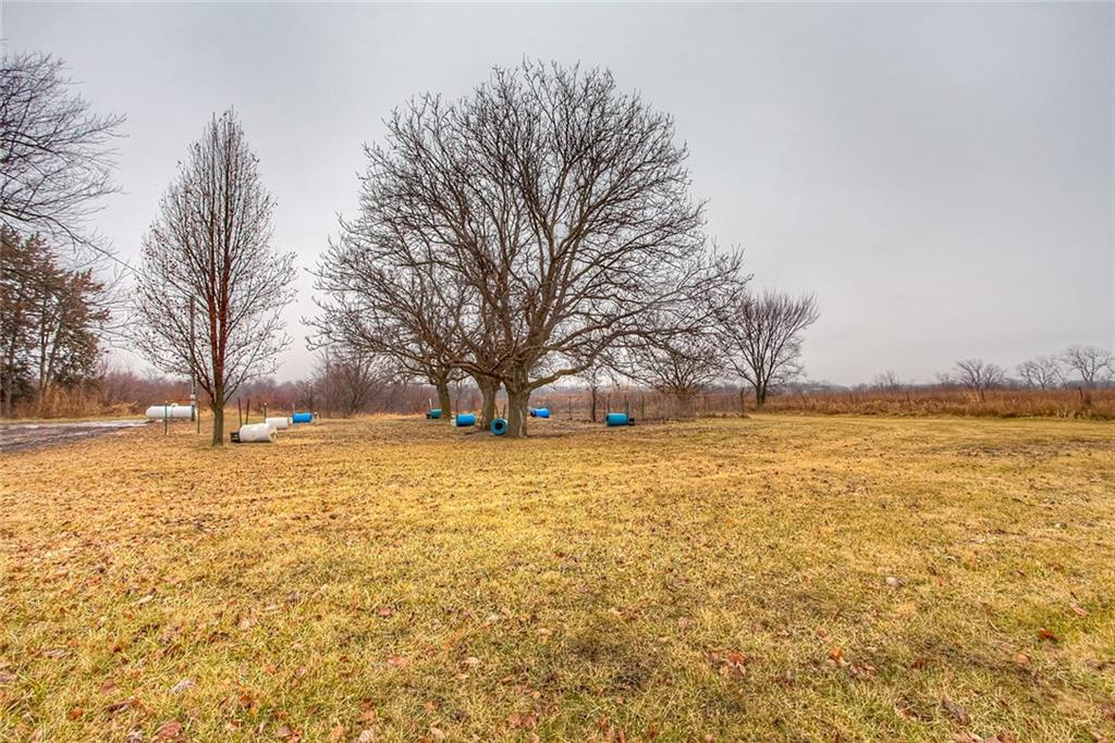 Photo of home for sale at 19221 G76 Highway, Lacona IA