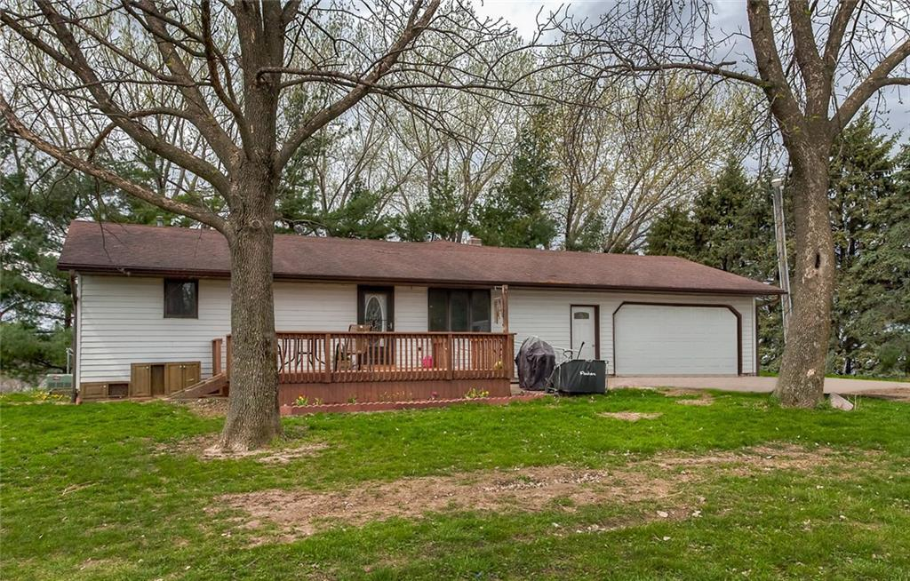 Photo of home for sale at 1107 S71 Highway, Knoxville IA