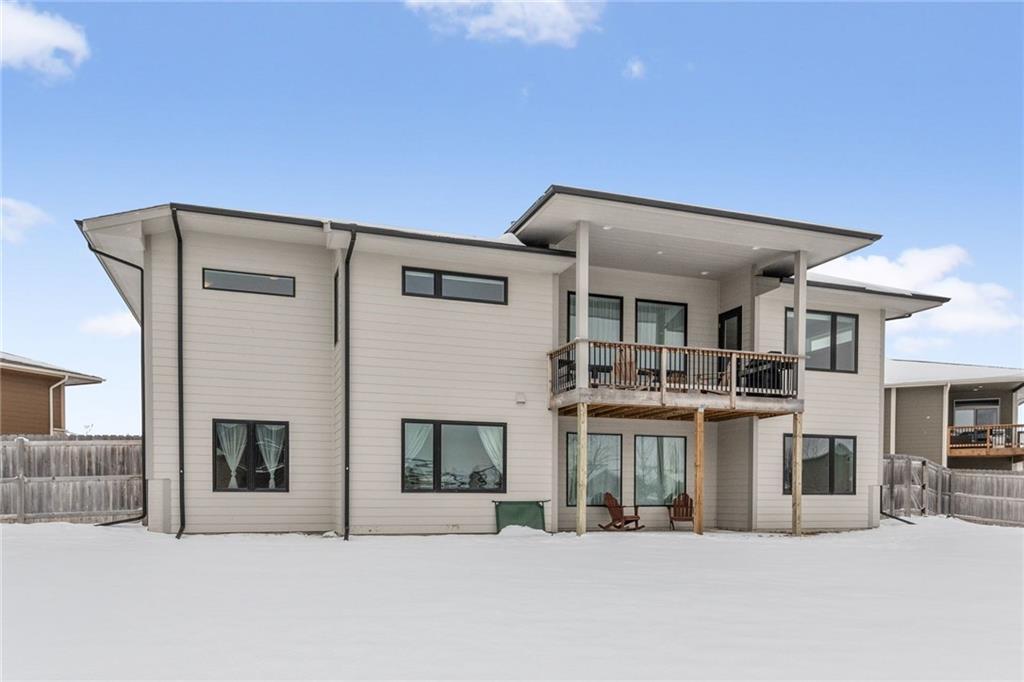 Photo of home for sale at 310 Brookridge Court NE, Waukee IA