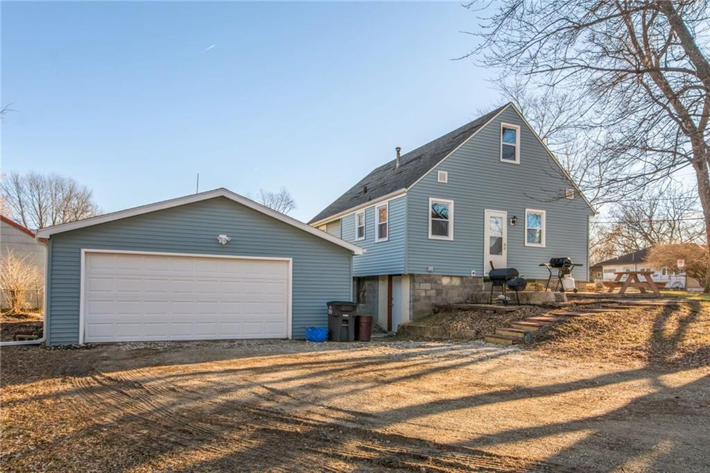 Photo of home for sale at 3700 Euclid Avenue E, Des Moines IA
