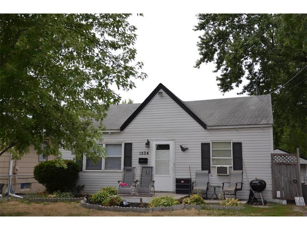 Photo of home for sale at 1504 30th Street E, Des Moines IA