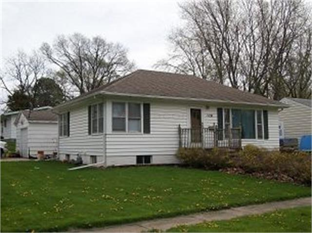 Photo of home for sale at 1828 Tama Street, Boone IA