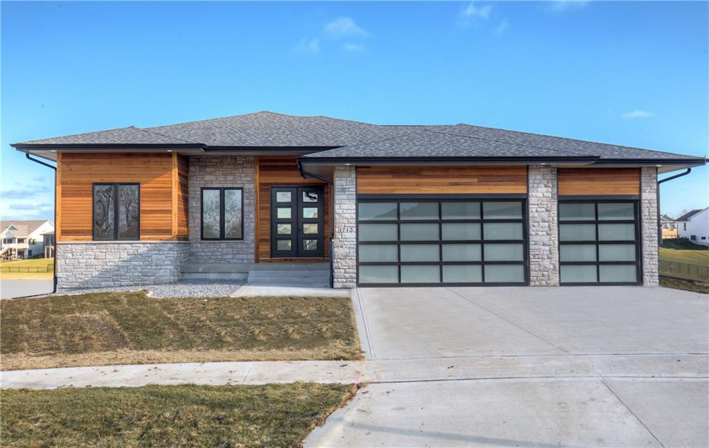 Photo of home for sale at 1712 Peaceful Circle, Norwalk IA