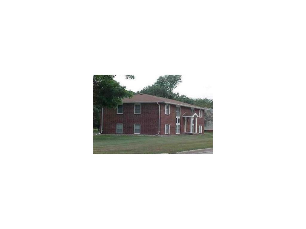 Photo of home for sale at 700 ASHWORTH Drive, Waukee IA