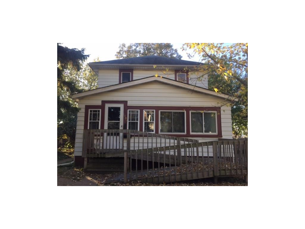 Photo of home for sale at 1409 Dean Avenue, Des Moines IA