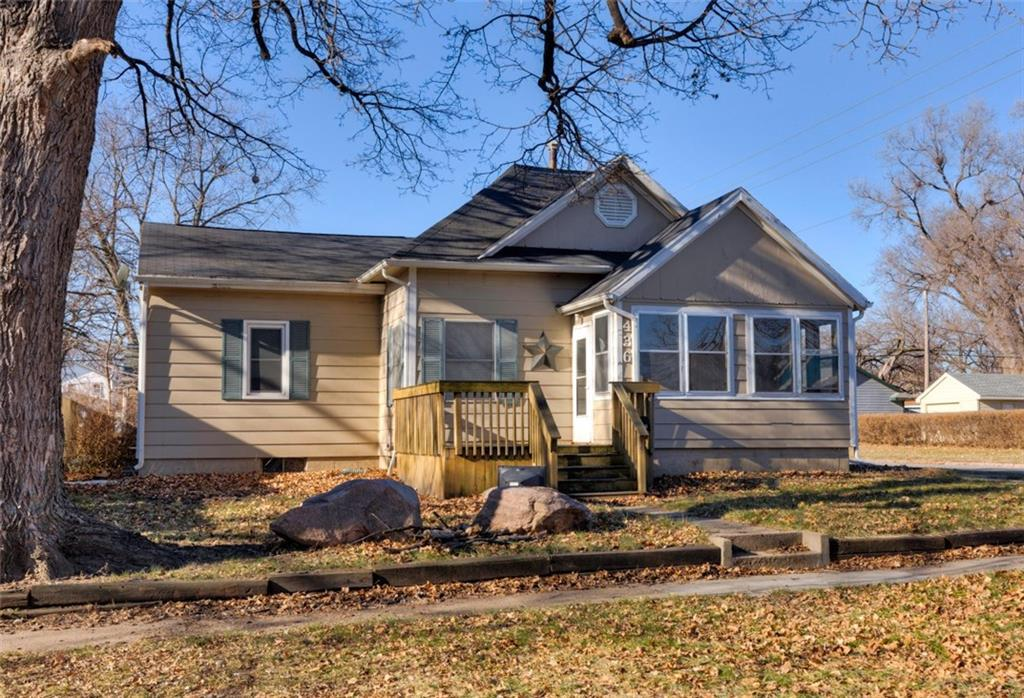 Photo of home for sale at 436 9th Street, West Des Moines IA