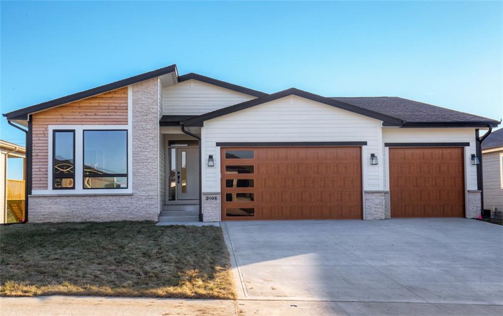 Photo of home for sale at 2904 Partlow Street, Norwalk IA