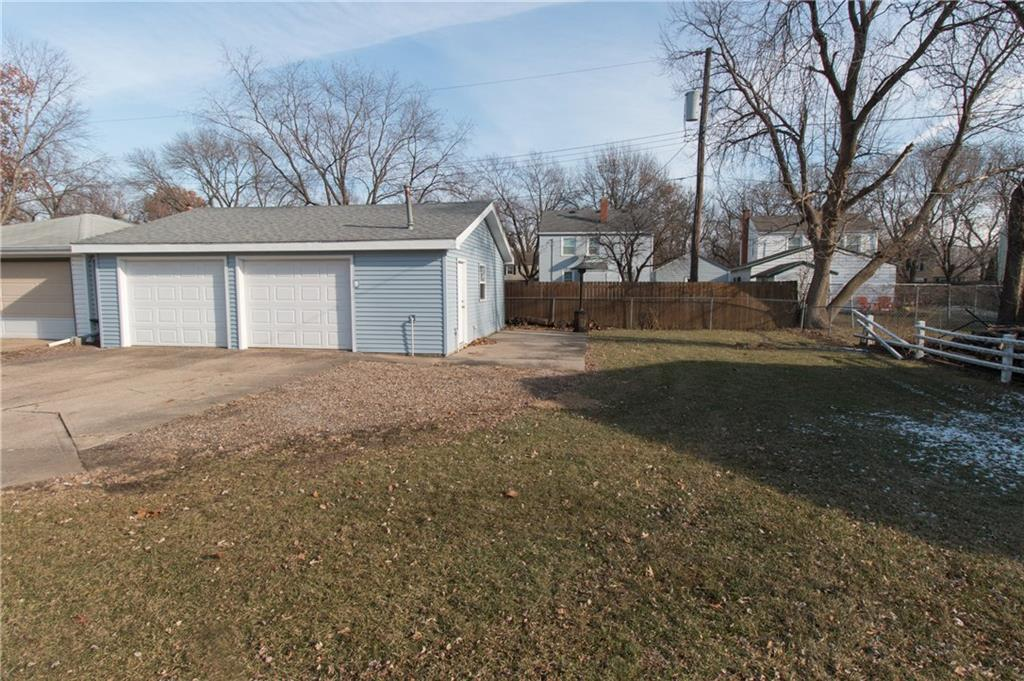 Photo of home for sale at 561 Goodwin Street SW, Ankeny IA