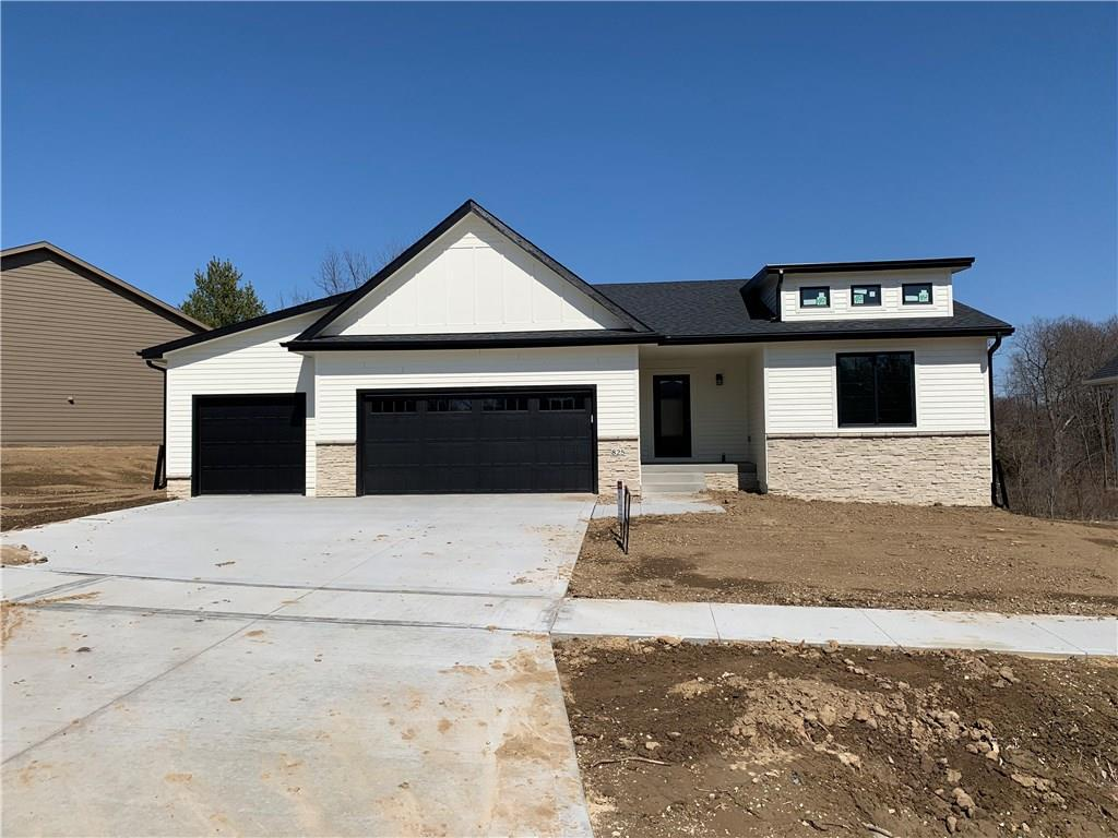 Photo of home for sale at 825 Sunburst Drive, Pleasant Hill IA