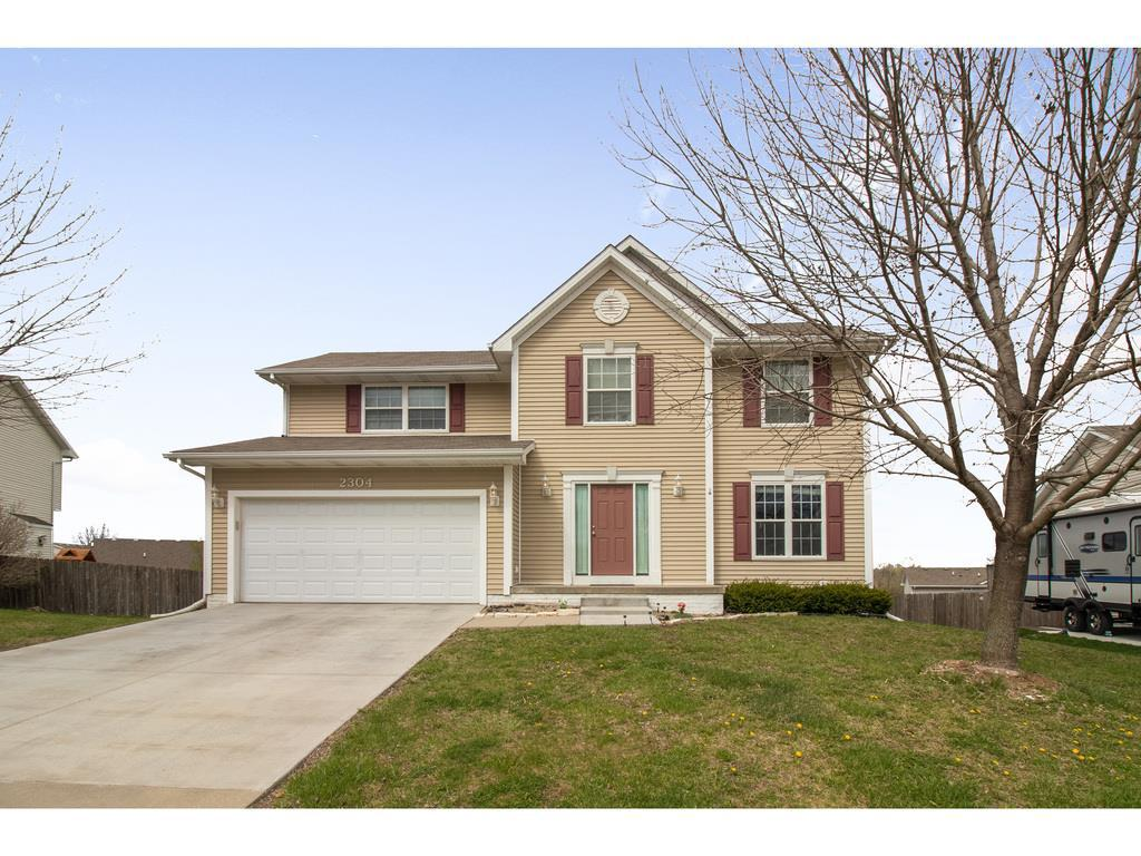 Photo of home for sale at 2304 Meadow Lane E, Des Moines IA