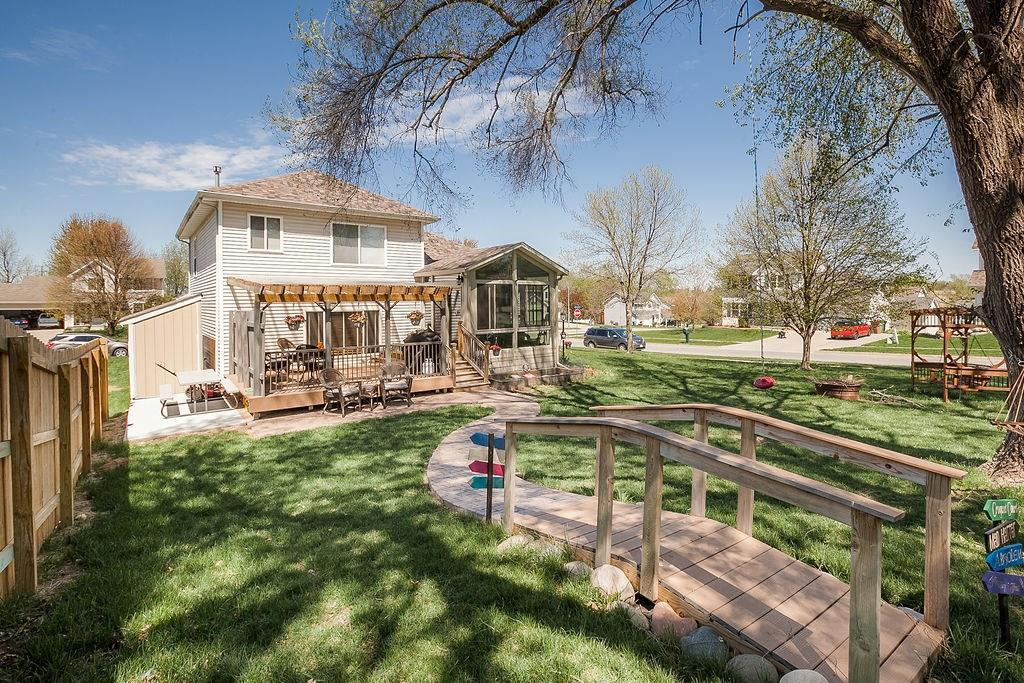 Photo of home for sale at 5635 Twin Circle Drive, Pleasant Hill IA