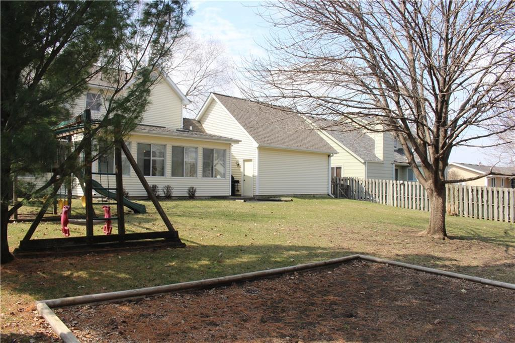 Photo of home for sale at 817 Rio Circle SE, Ankeny IA