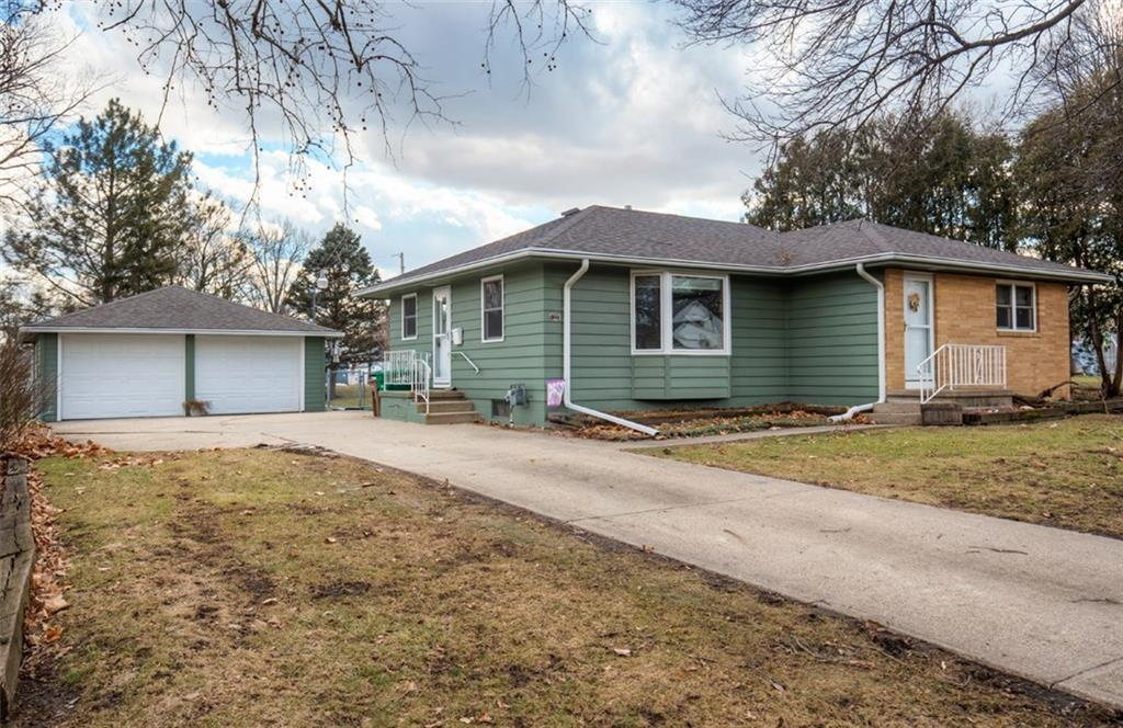 Photo of home for sale at 1020 Elm Avenue, Norwalk IA