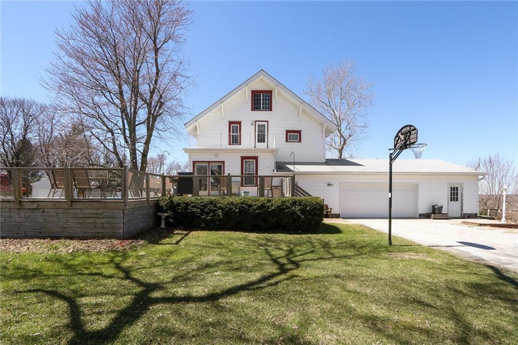 Photo of home for sale at 470 Jackson Street N, Truro IA