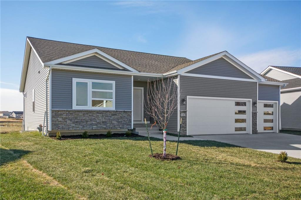 Photo of home for sale at 5387 Brook Landing Circle, Des Moines IA