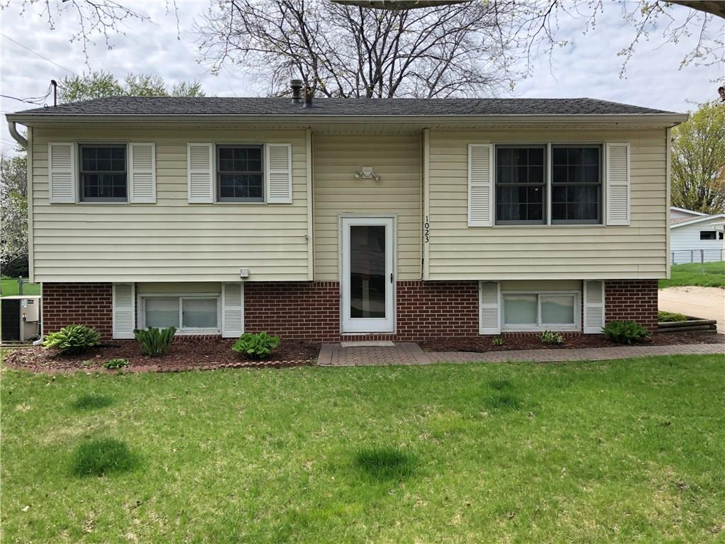 Photo of home for sale at 1023 Norwood Drive, Norwalk IA