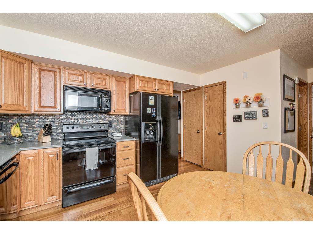 Photo of home for sale at 908 Lincoln Street SE, Bondurant IA