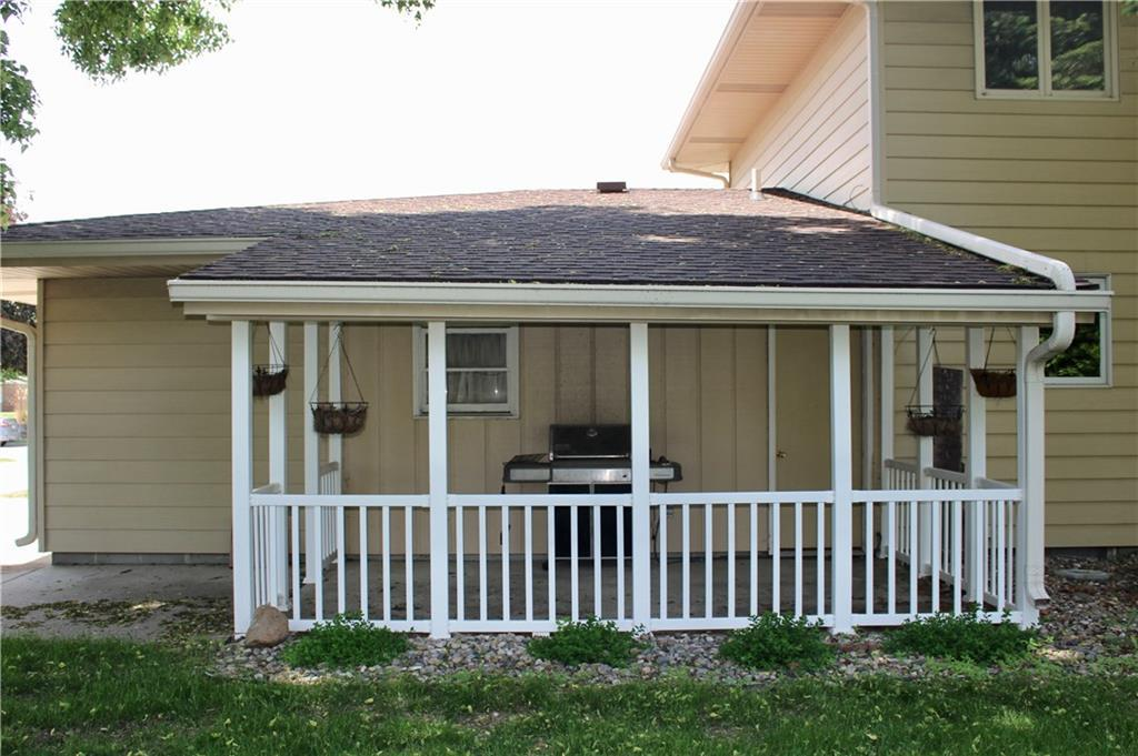 Photo of home for sale at 1322 Northwestern Avenue, Ames IA