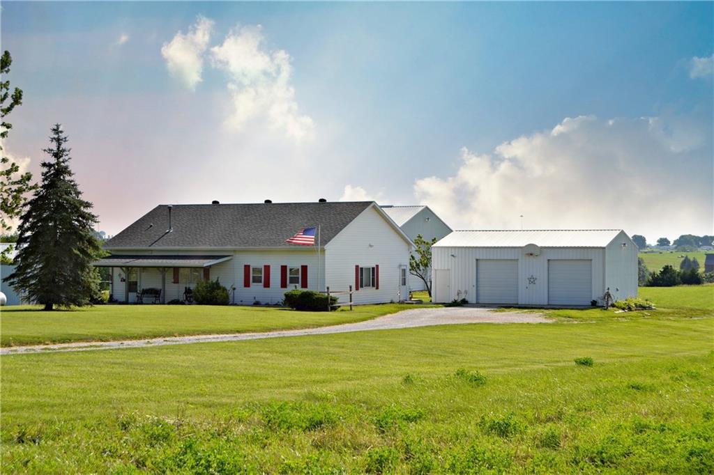 Photo of home for sale at 1409 Southwest Boulevard, Osceola IA
