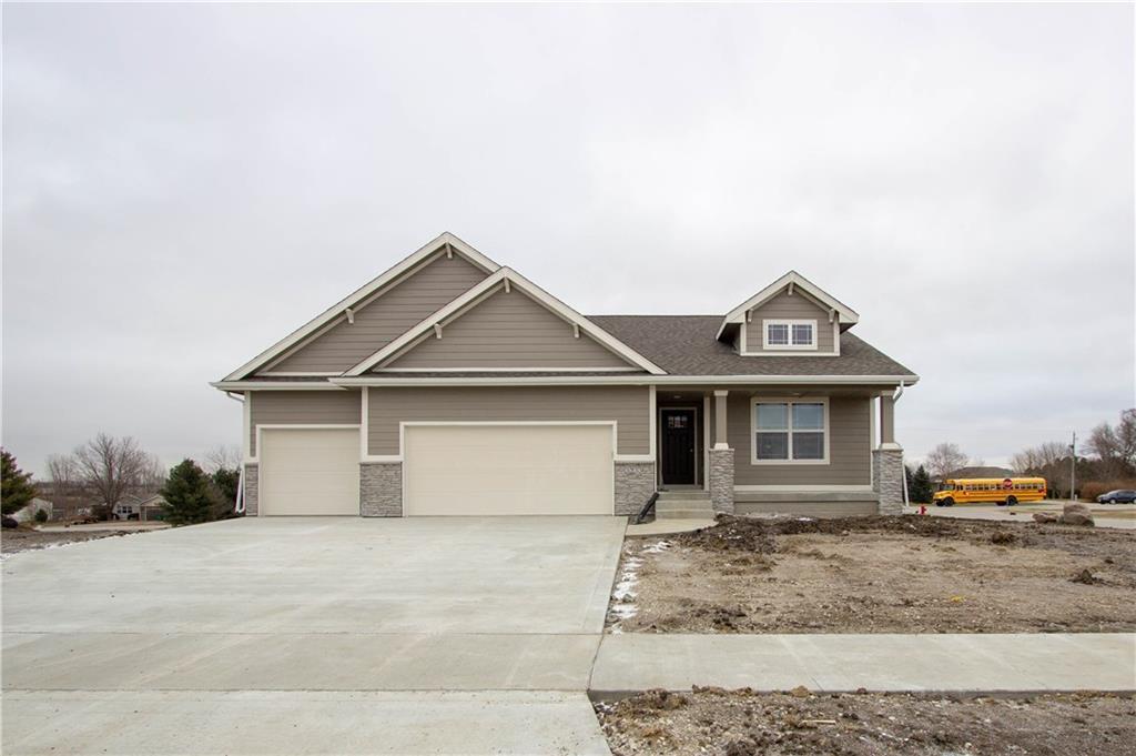 Photo of home for sale at 3233 13th Avenue SE, Altoona IA