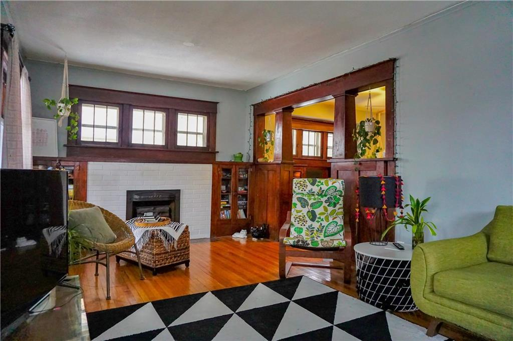 Photo of home for sale at 2709 Linden Street, Des Moines IA