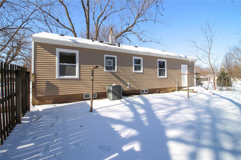 Photo of home for sale at 4003 68th Street, Urbandale IA