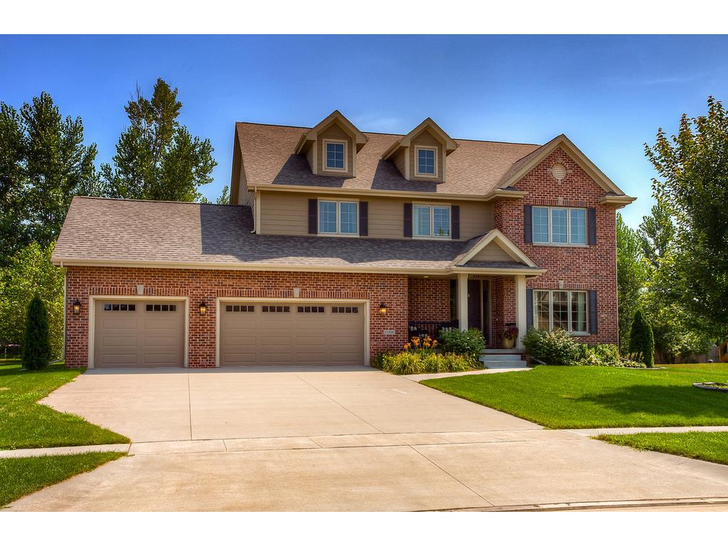 Photo of home for sale at 15306 MAPLE Drive, Urbandale IA