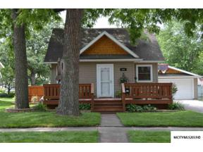 Property for sale at 809 N 12th St, Clear Lake,  Iowa 50428
