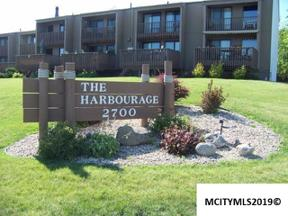 Property for sale at 2700 N Shore Dr #F-20, Clear Lake,  Iowa 50428